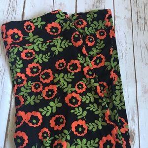 Lularoe Black Floral Leggings-TC